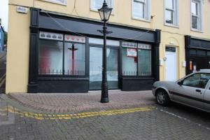 No. 8 Pearse Sq.,- SHOP - LET AGREED.